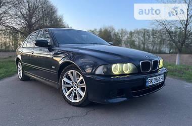Седан BMW 530 2001 в Ровно