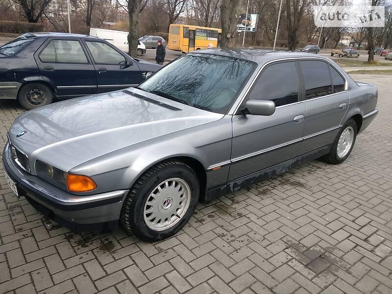 Седан BMW 730 1994 в Львові