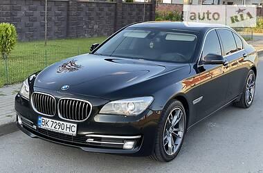 Седан BMW 730 2013 в Ровно