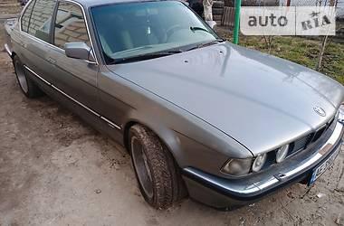 Седан BMW 735 1991 в Днепре