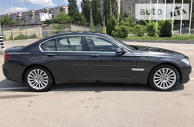 Седан BMW 740 2015 в Киеве