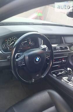 Седан BMW 740 2013 в Хмельницком
