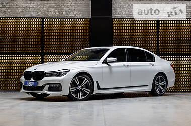 Седан BMW 740 2017 в Луцьку