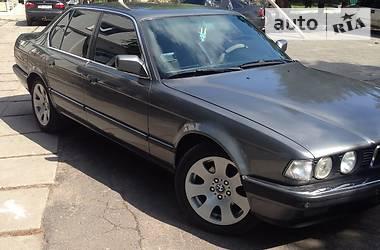 BMW 750 1989 в Днепре