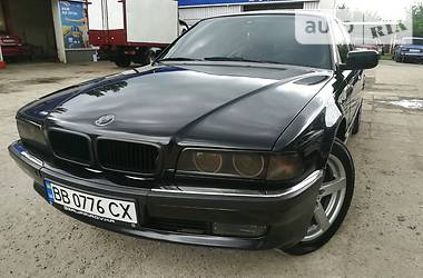 BMW 750 1998