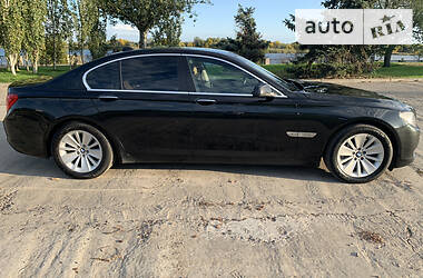 BMW 750 2011 в Херсоне