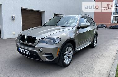 Позашляховик / Кросовер BMW X5 2010 в Рівному