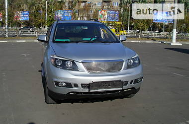 BYD S6  2012