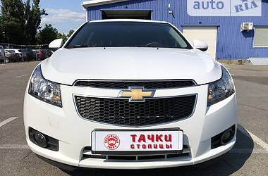 Седан Chevrolet Cruze 2013 в Киеве