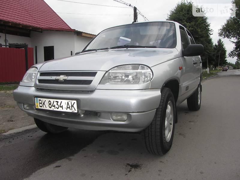 Chevrolet Niva 2004 в Рокитном