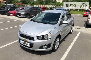 Седан Chevrolet Sonic 2015 в Киеве