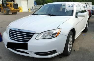 Chrysler 200 2.4i