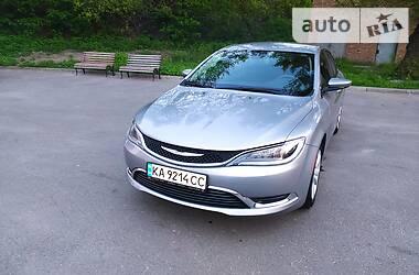 Седан Chrysler 200 2015 в Києві