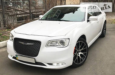 Chrysler 300 C 2016 в Киеве