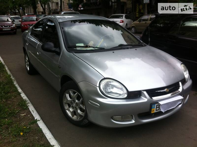 Chrysler Neon 2004 года
