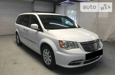 Chrysler Town & Country 2015 в Киеве