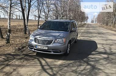 Минивэн Chrysler Town & Country 2013 в Харькове