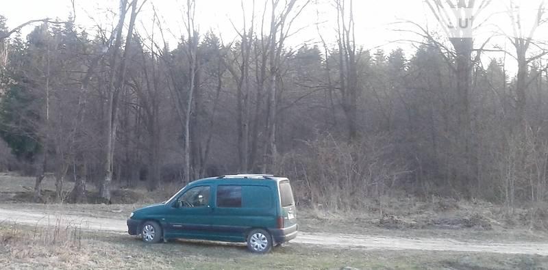 Citroen Berlingo пасс. 2001 года в Черновцах