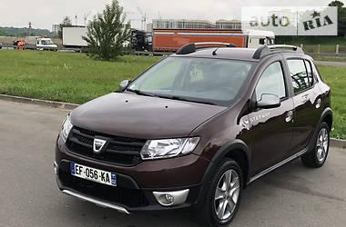 Хэтчбек Dacia Sandero StepWay 2016 в Киеве