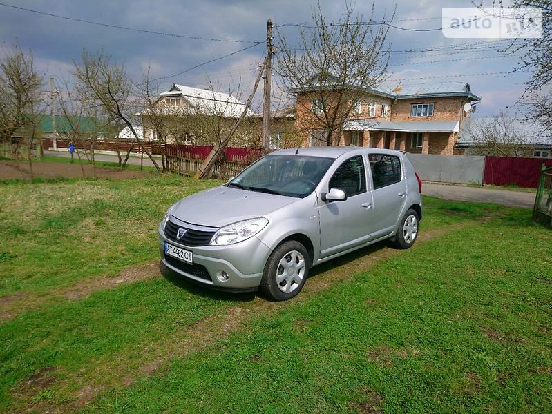 Dacia Sandero 2012 года в Ивано-Франковске
