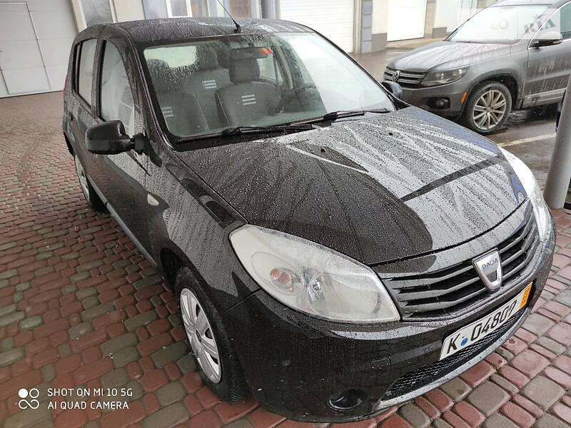 Хетчбек Dacia Sandero 2012 в Рівному