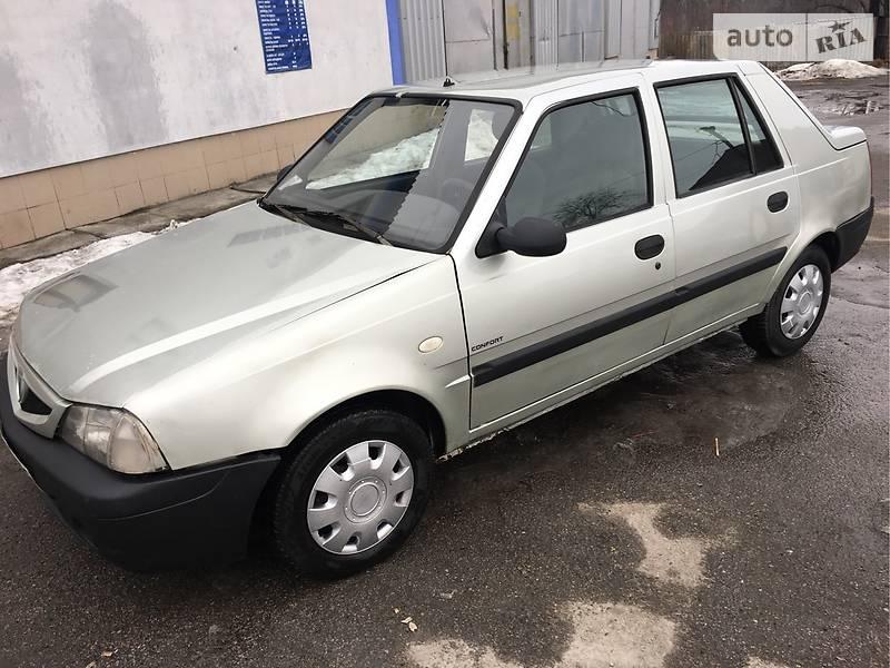 Dacia Solenza 2003 года в Киеве