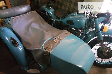 Мотоцикл Классик Днепр (КМЗ) К 750 1972 в Кадиевке