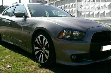 Dodge Charger 6.4 SRT8 HEMI