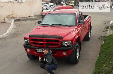 Dodge Dakota 2000 в Первомайске