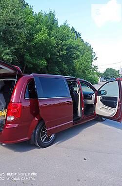 Мінівен Dodge Grand Caravan 2016 в Хмельницькому