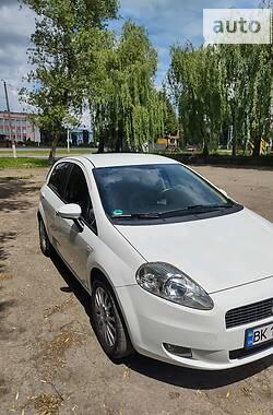 Хэтчбек Fiat Punto 2009 в Ровно