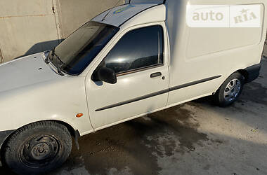 Ford Courier 2001 в Черновцах