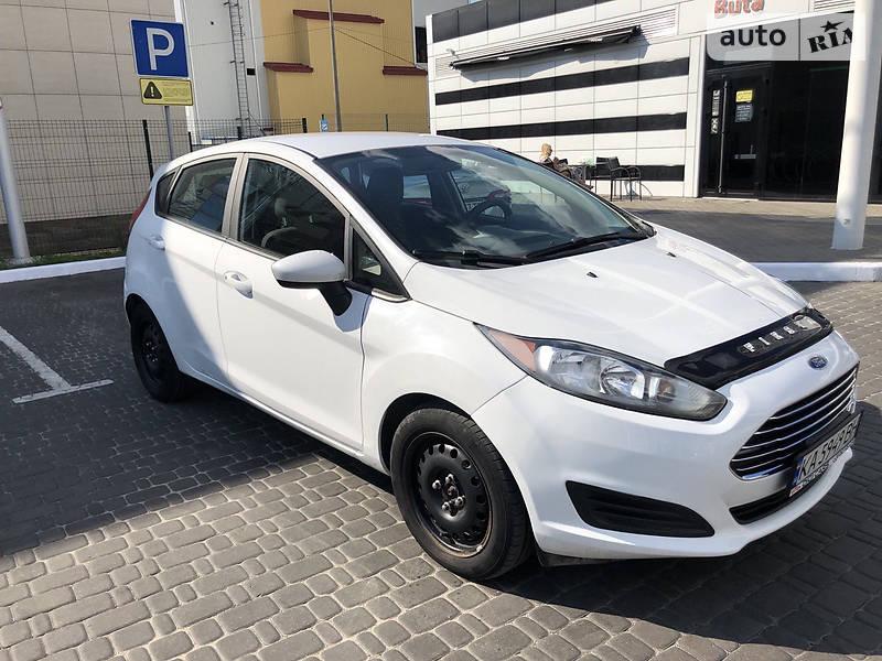 Хэтчбек Ford Fiesta 2014 в Киеве