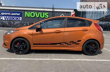 Хетчбек Ford Fiesta 2017 в Києві