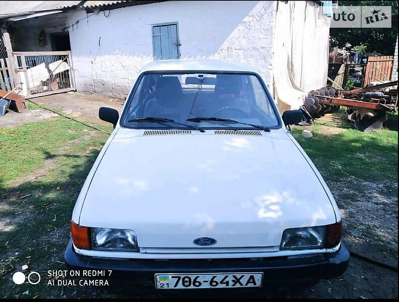Хэтчбек Ford Fiesta 1986 в Купянске