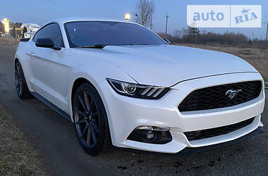 Ford Mustang 2017 в
