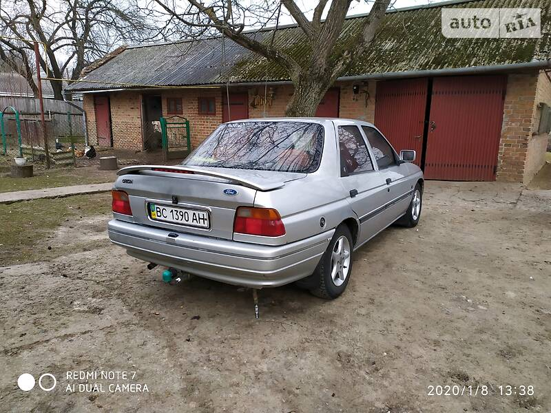 Ford Orion 1992 в Сокале