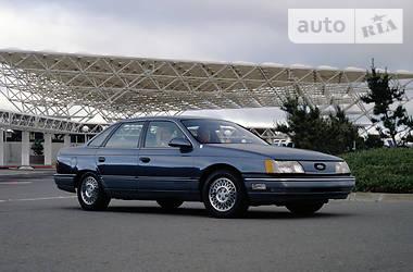 Ford Taurus 1990 в Полтаве
