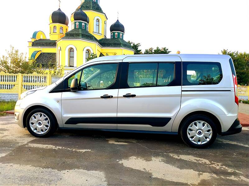 Универсал Ford Tourneo Connect пасс. 2016 в Киеве