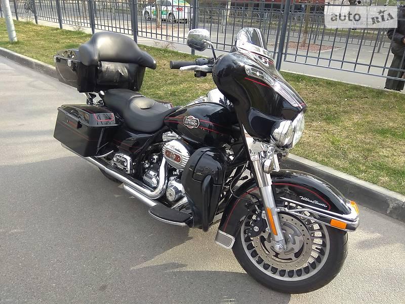Harley-Davidson Electra Glide CVO Screaming Eagle