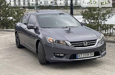Седан Honda Accord 2015 в Івано-Франківську