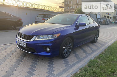 Купе Honda Accord 2013 в Киеве