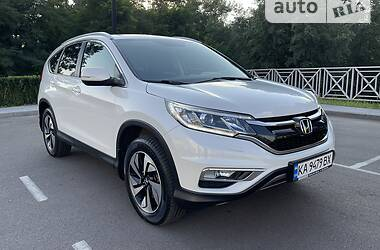 Внедорожник / Кроссовер Honda CR-V 2016 в Киеве