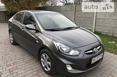 Hyundai Accent 2011 в Кривом Роге