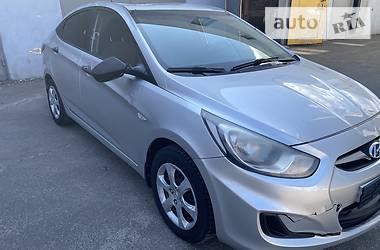 Седан Hyundai Accent 2013 в Киеве