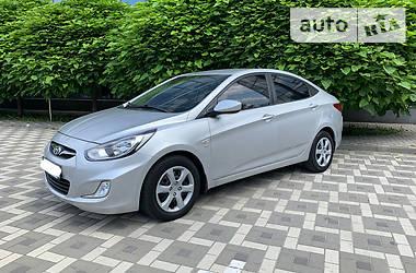 Седан Hyundai Accent 2012 в Прилуках