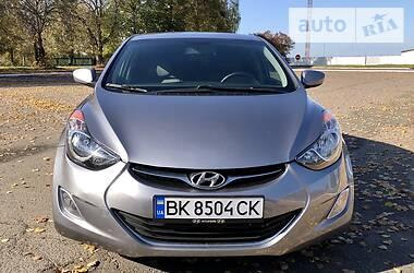 Hyundai Elantra 2013 в Ровно