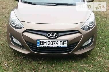 Hyundai i30 2014 в Ромнах