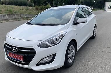 Хэтчбек Hyundai i30 2017 в Киеве