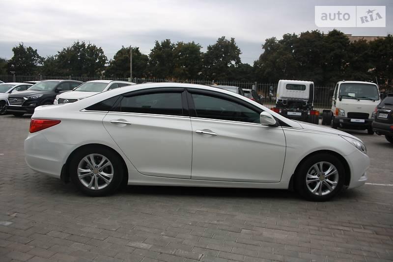Hyundai Sonata 2.4i 2011